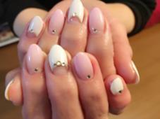 フレンチと ピンクのグラデーションで女性らしく♪ TriumpH所属・吉川yoshikawaのフォト