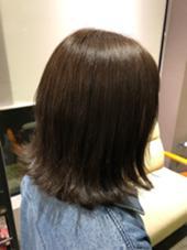 外ハネ切りっぱなしボブ❤︎ HAIR&MAKE EARTH 東松山店所属・古谷菜月のスタイル