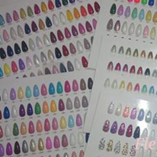 カラーは200色以上! Nail Salon Fleurir横浜所属・Nail SalonFleurir横浜のフォト