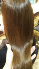 独自のレシピのプラチナピコトリートメントなら髪の内部からツヤツヤになります✨ press プレス所属・大脇タケシのスタイル
