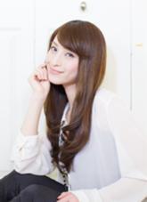 撮影モデルは貴女の魅力を引き出す事を考えて撮影しております。   カラーやパーマにもサロンワークと 同様に、 肌と髪に優しいダメージレスに 拘り、モデルさんの髪や肌も 痛めないだけで無く、 髪質改善効果でより美しさを 演出しております。  HAIR        STREAM所属・kataokatakayukiのスタイル