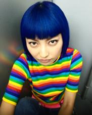 その他 まつエク カラー キッズ ショート セミロング ネイル パーマ ヘアアレンジ ミディアム メンズ ロング ブルーは未来を感じる