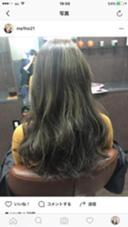 ベースは落ち着いたアッシュ系の細かいハイライト ()inni hair design works所属・藤木真帆のフォト