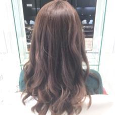 ブリーチからのアッシュブラウン 程よく上品さのある透明感 hair&make EARTH鈴鹿店所属・大石郷のスタイル