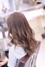 12トーン以上にリフトアップして8トーンのピンクをオン  巻きはねじり巻きMIXで( ´ ▽ ` )ノ  ピンクベージュカラー hair TRUTH(トゥルース)所属・山本かほのスタイル