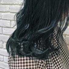 フルブルー  全体ブリーチからのブルー一色でオシャレ prize(プライズ)表参道店所属・田中晋也のスタイル