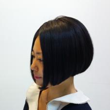 地毛の癖を活かした前下がりボブ アローズ池袋店所属・高橋恵美のスタイル