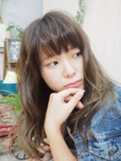 ビターアッシュからアッシュグレージュのグラデーションカラー☆ ヘアレスキュー カプラ所属・おがわようしんのスタイル