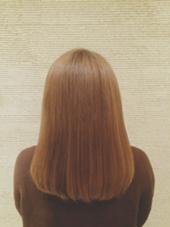 ハイダメージ毛でも 毛先までうるつや  トリートメントしながらの縮毛矯正で 広がりもうねりもお悩み解決です kiki by KENJE所属・野呂田ひかるのスタイル