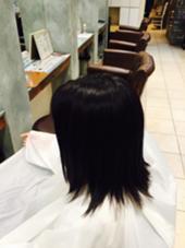 6トーンの今季トレンドのブルージュにしました! 室内だとしっかり暗く見えます! 外に出るとしっかり透明感の出る柔らかい質感に仕上がりました!  1ヶ月ほどで自然と明るくなってくるので、次明るくしたい時も髪の毛に負担をかけずに明るくできますよ! aile total beauty solon生駒店所属・松中晃仁のスタイル