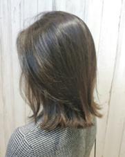 外国人風のゆるーい雰囲気が好きです ALLURE HAIR〜elfi〜所属・間嶋紗由美のスタイル