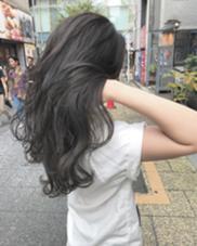 ダークグレー!! 全体的なハイライト入れてからの ダークグレーが、一番おすすめ!! moeRi新宿/ヲタク美容師のヘアスタイル・ヘアカタログ