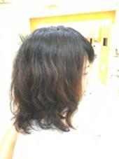パーマで動きを出して、前髪もバッサリカットしました♡ フォルテ 榛原パームス店所属・三浦まるみのスタイル