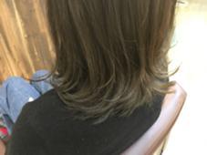 シンプルボブはカラーで遊ぶ!グラデーションマットアッシュ! kokoro hairsalon所属・野村春菜のスタイル