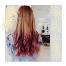 ピンク系ディップダイ。グラデーションで。 cham cello Hair 所属・アライユウコのスタイル