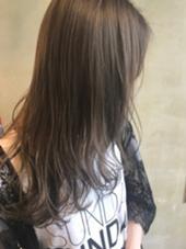 ダブルカラーで明るめのアッシュベージュに❤️ hair art chiffon所属・大山真矢のスタイル