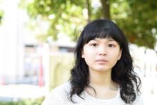 カットは自然な癖毛風ウェーブ、 前髪は短めにする事で印象をより引き立てます☆ hamonishair所属・☆toshiのスタイル