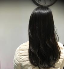 実習のためにトーンダウンされたお客様♪ 少しグレーも混ぜているので、重すぎない黒髪に♪ aile 西大寺店所属・硲文香のフォト