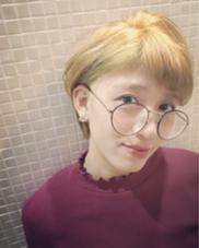 ベリーショート × ハイトーン ❤︎ (サイド刈り上げ) HAIR&MAKE    J-GENIC所属・柏木奈那子のスタイル