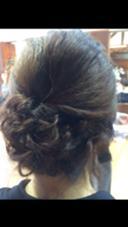 肩につく長さがあればまとめ髪アレンジもできちゃう♪ Dejave  hair&space所属・松本霞のスタイル