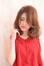 毛先ワンカールでエアリーなゆるふわフェミニンスタイル☆ HANABUSA所属・中室昌美のスタイル
