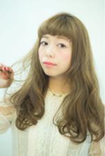 ショートバング×ゆるふわカール CUT CLUB KOGA所属・キョウスケのスタイル