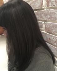 暗髪グレーカラーヽ(´▽`)/  こちらはブリーチなしでも可能◎ Killa所属・サカシタユウキのスタイル
