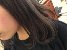 赤味をおさえたグレージュカラー☆ Neolive横浜西口店所属・松尾あんなのスタイル