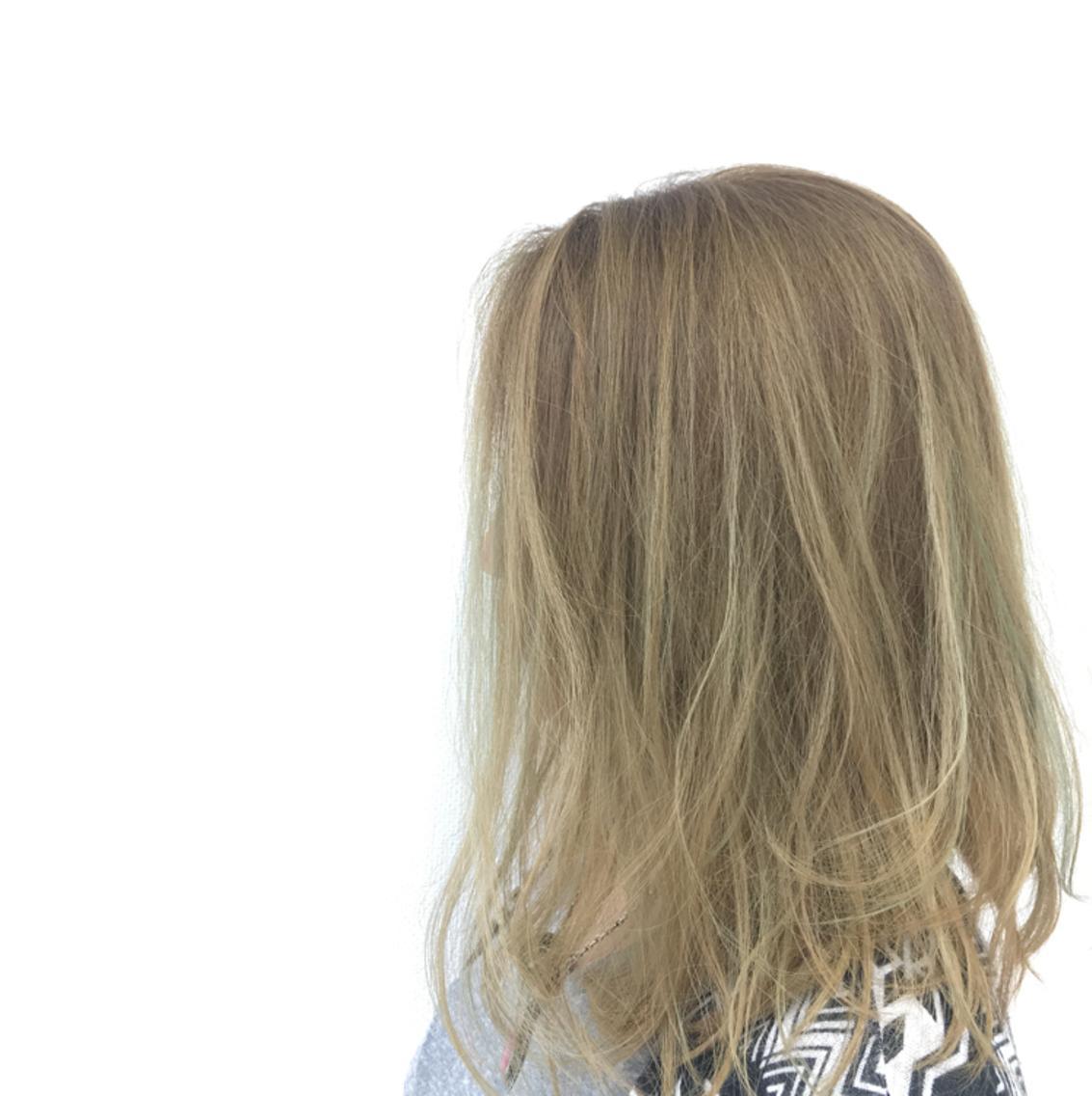 hair make earth秋田店所属・小暮美波の掲載