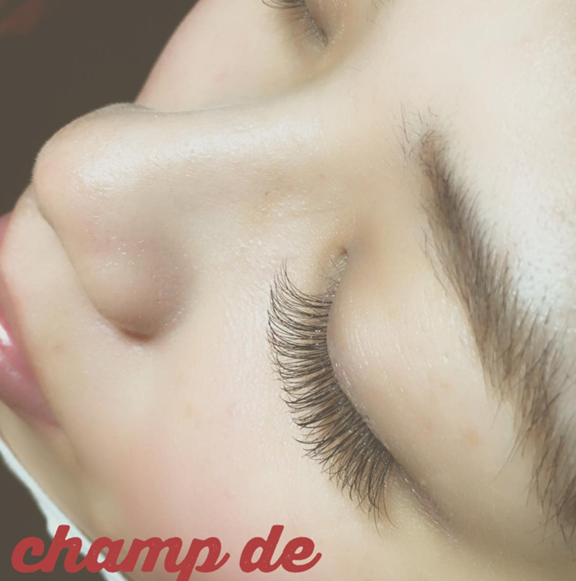 champ de   (シャン ドゥ)所属・champdeeyelashの掲載