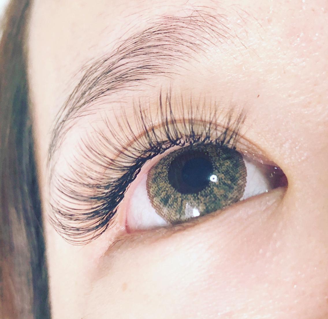 eyelash&nail  LINOA所属・akの掲載