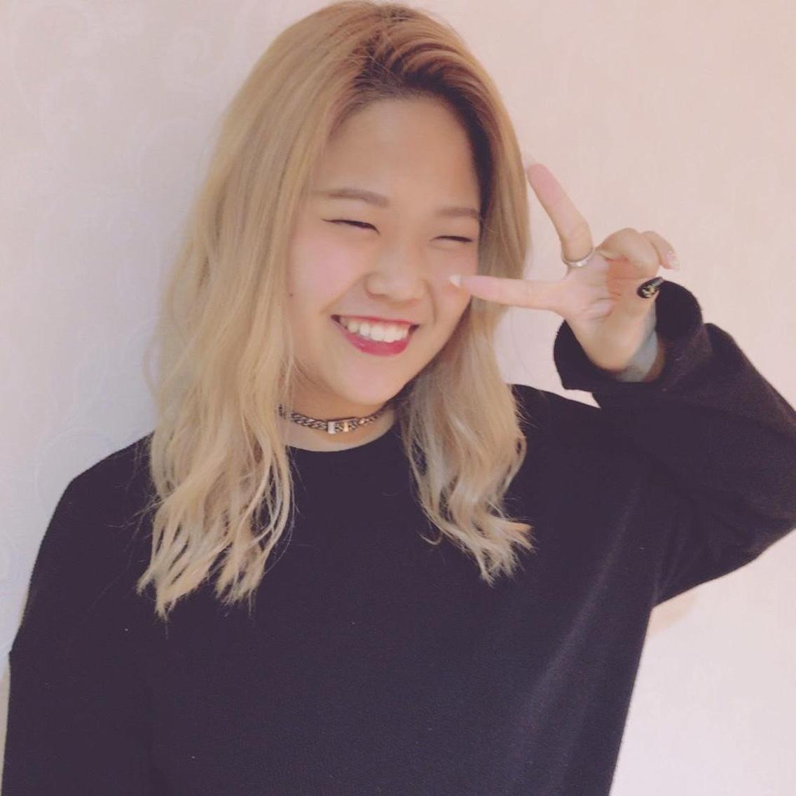 hair&nail vivencia所属・伊東悠理の掲載