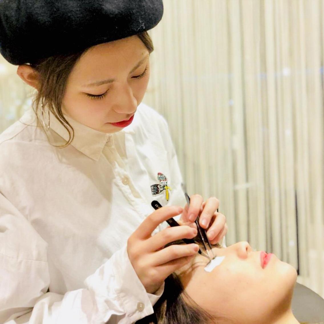 HAIR&MAKE EARTH松山銀天街店所属・和氣歩乃佳の掲載
