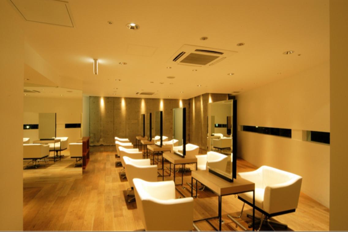 🌟無料でサロン撮影モデル募集中!!🌟JR堺市駅から徒歩1分!!撮影は18時以降となります!!