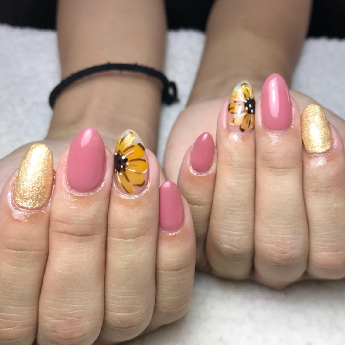 M☆NAIL所属・岡田 マミコの掲載