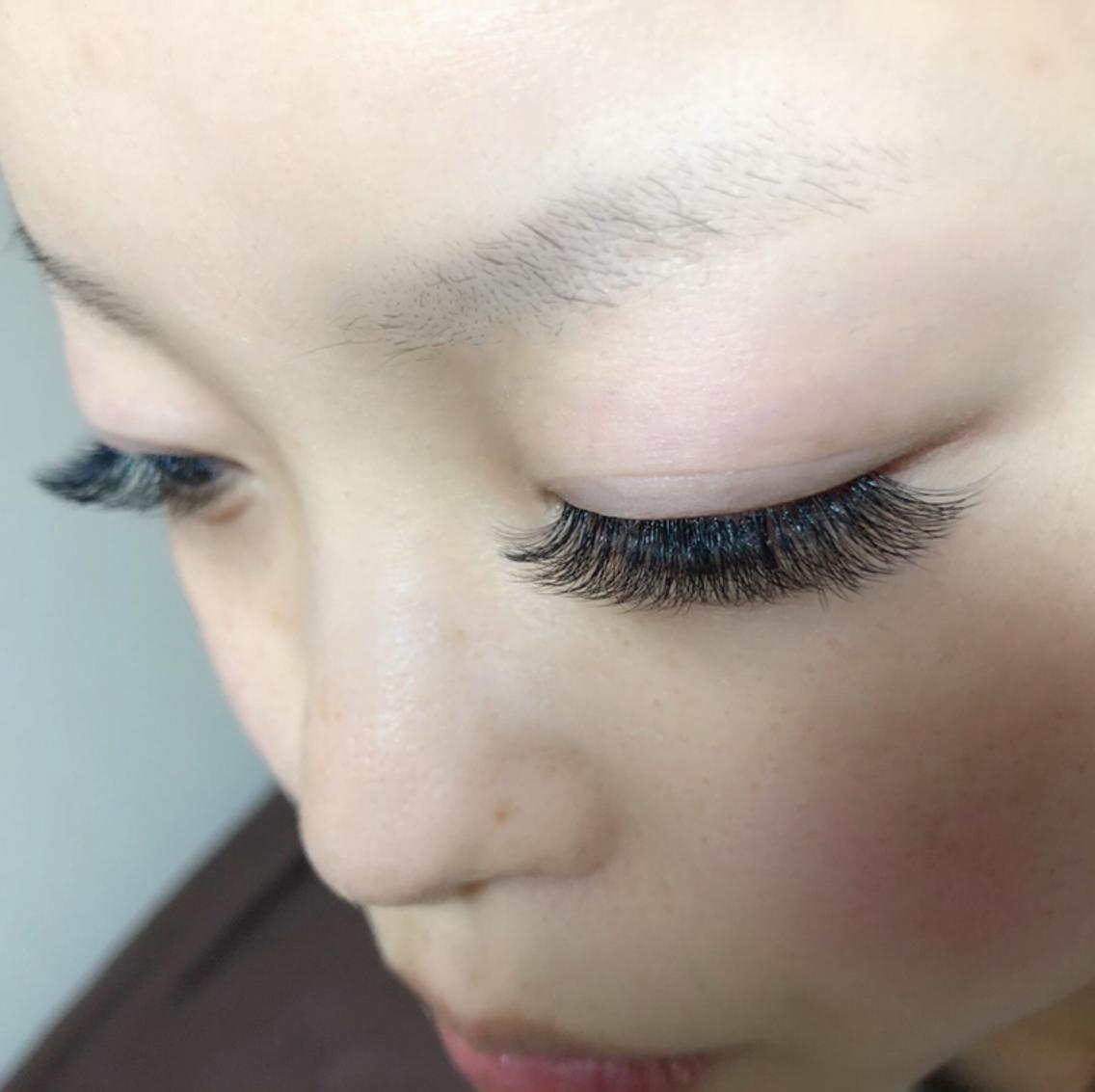 Eyelash Salon  Y's所属・えびさわの掲載