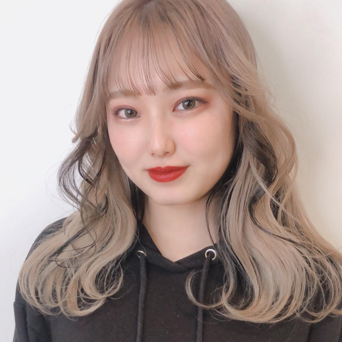 AXIS栄店2F所属・芹澤萌の掲載