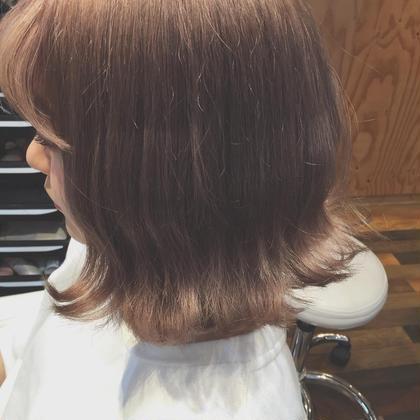 ダブルカラー ブリーチを使用する事によって、より透明感ある カラーになります^ ^ 透け感あるミルクティーべージュ♡  角度によっては 可愛らしい淡いピンクに♡ gooddayhair所属・倉林洋美のスタイル