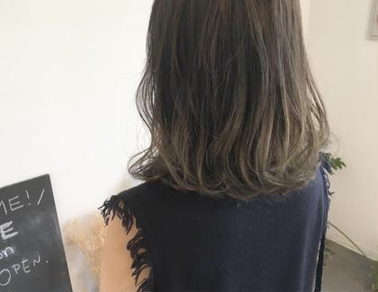 透け感アッシュグレーグラデーション✨ PARK所属・トップスタイリスト阿部 将明のスタイル
