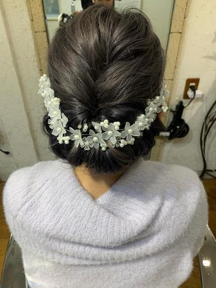 ヘアセット  結婚式、二次会、パーティー、イベントに合わせたヘアセットを提供します。
