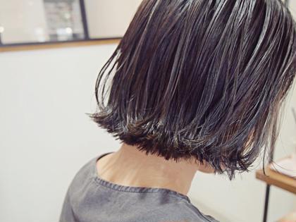 パッツンボブ、毛先にハイライト✨  ハイライト+3240〜