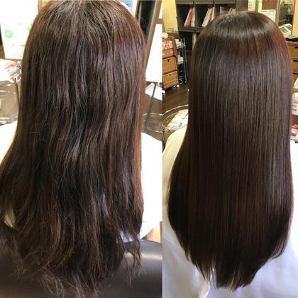 うねりをキレイに見せるのは縮毛矯正しかありませんでした。でも、髪の結合を切る為見た目はキレイけどダメージはありました。エクストラリペアは結合を切らずに髪の歪みを整えるだけでなく、髪に潤いを与えるのでツンツンにならず、自然なストレートヘアを手に入れる事ができます。特許成分配合なのでバーデンスサロンでしか出来ないトリートメントです。