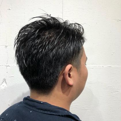 メンズカット ⋈♡*。゚ 6mmでツーブロックを入れ、全体的に短くし、ジェルでセットしやすいように毛量調整しながらカット ✂︎ 美容室kaze所属・恒吉麿央美のスタイル
