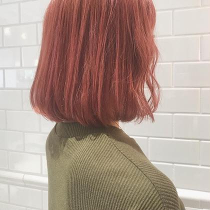 胸下まである髪の毛を肩までバッサリcut✂︎  キンキンに色落ちしたカラーを 淡いまろやかpinkに🌷