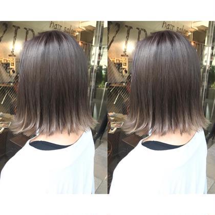 カラー ミディアム カラー、切りっぱなしボブと前髪シールエクス^_^