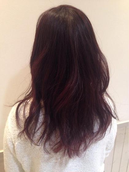 4/12 色がぬけてオレンジだったので私好みの紫をチョイス☆ グラデーションになっていたので、それを生かして全体的に紫多めの毛先に色味がわかるようカラーしました(^O^)/ ぬけていくのを想定して濃くいれたので暗めですがだんだん色が変わりながらも楽しめるかと思います!!  Neolive:an所属・鮫島ゆり菜のスタイル
