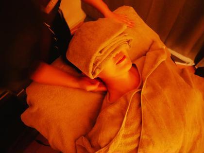 【ドライヘッドスパ70分】頭はもちろん首、肩、腕、手、顔、目、デコルテも✨眼精疲労、肩・首こり、睡眠の質向上にアプローチ