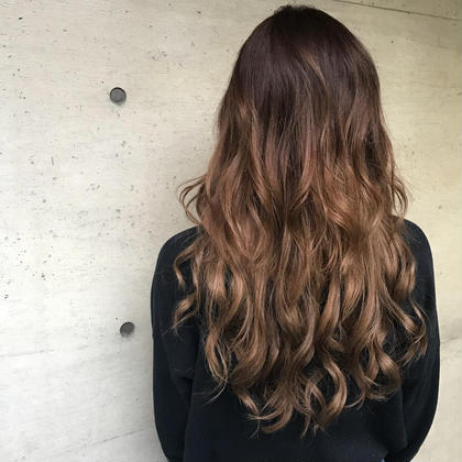 こちらスタイルは15000円になります。 HairPlaceADDICTION所属・内田卓也のスタイル