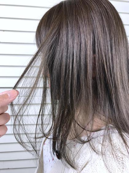その他 カラー パーマ ヘアアレンジ ミディアム Real salon work💈 【 hi ash grege / medium 】 . カーキベージュで前回明るくして、今回のカラーでハイトーンのグレージュでカラーしました✔️ #ブリーチなし . 髪色を明るくしてから色味をプラスすることで、キレイな発色を引き出しやすくなります◎ . . #NAKAIstyle #ブリーチなし_nakai_color #積み重ねspecial  #アッシュグレージュ . .