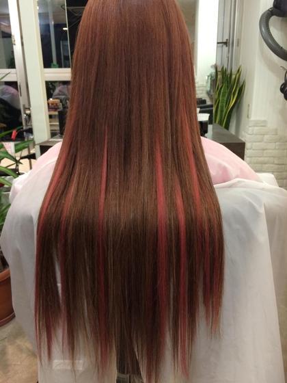 カラー セミロング ヘアアレンジ ミディアム ロング カラー、エクステ100g  女の子らしい可愛さで人気の高いピンクベージュカラー☆ 地毛の長さは胸下くらいでエクステを付けエクステのメッシュでピンクが入ってます(*^^*) エクステにピンクメッシュを入れる事でよりベースのピンクさがきわたつ仕上がりに♪♪  もちろん巻いてもメッシュがより生きるのでオススメです!!